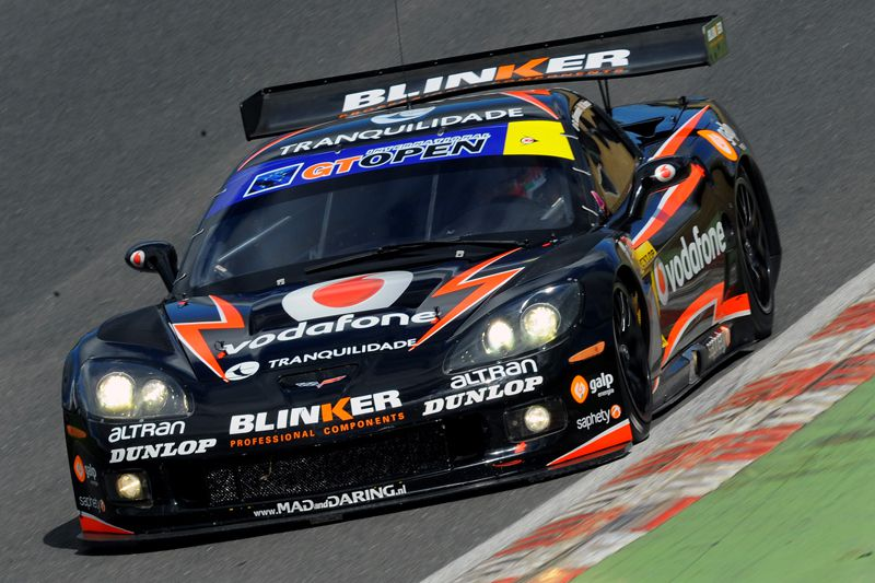 The season 2012 of Miguel Ramos in images - Brands Hatch